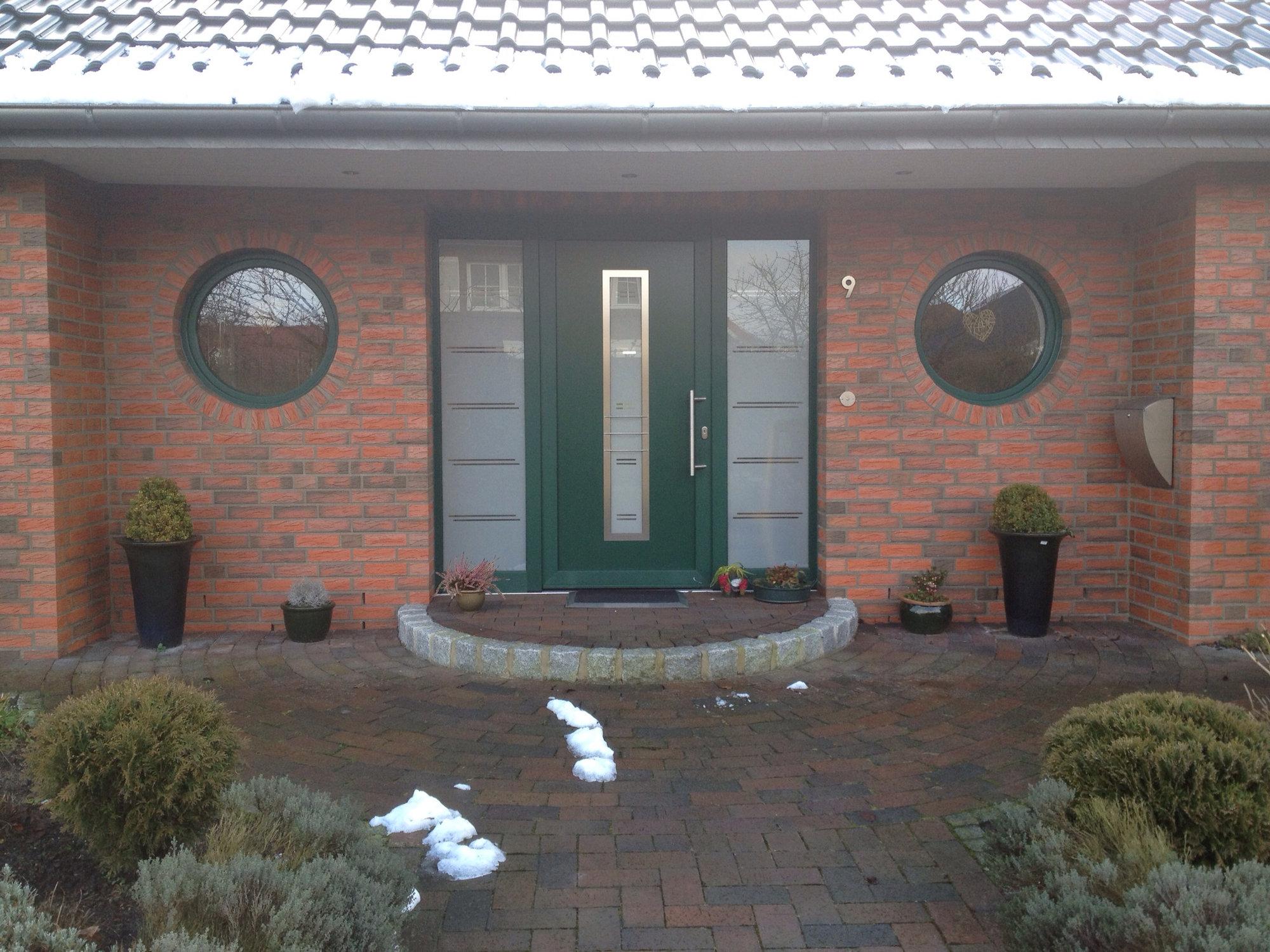 Haustüren mit seitenteil links  Kunststoff Haustür